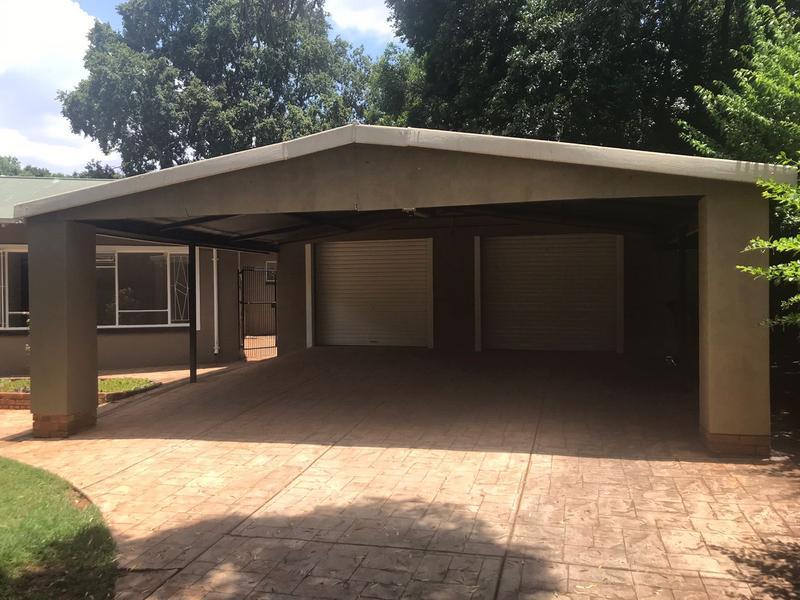 Property For Sale in Menlo Park, Pretoria 2