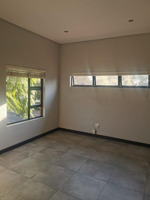 Property For Rent in Menlo Park, p 6