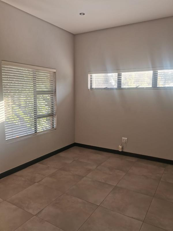 Property For Rent in Menlo Park, p 10